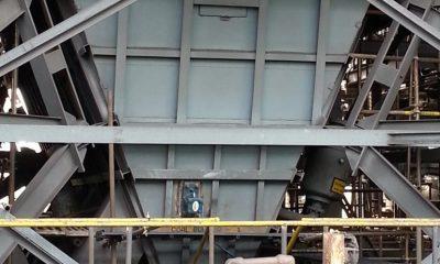 Maintain material flow in bunkers